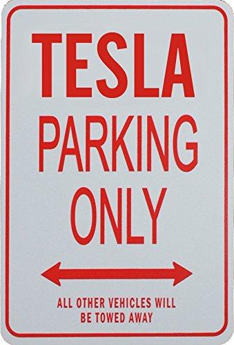 Tesla-Parkplatzschild von funparkingsign