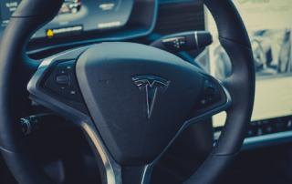 Tesla Model S Lenkrad Detail Aachen emobility Deutschland greenspeed Neuwagen Gebrauchtwagen Authandel Autohändler NRW kaufen
