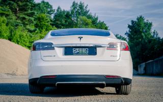 Tesla Model S P85D Allrad Performance Sportwagen weiß Aachen Deutschland NRW emobility greenspeed Elektroauto kaufen Gebrauchtwagen Handel Händler