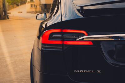 Tesla Model X90D LED Schweinwerfer Rückleuchten Bremslichter Detail greenspeed emobility Aachen Neuwagen kaufen Deutschland Nordrhein-Westfalen