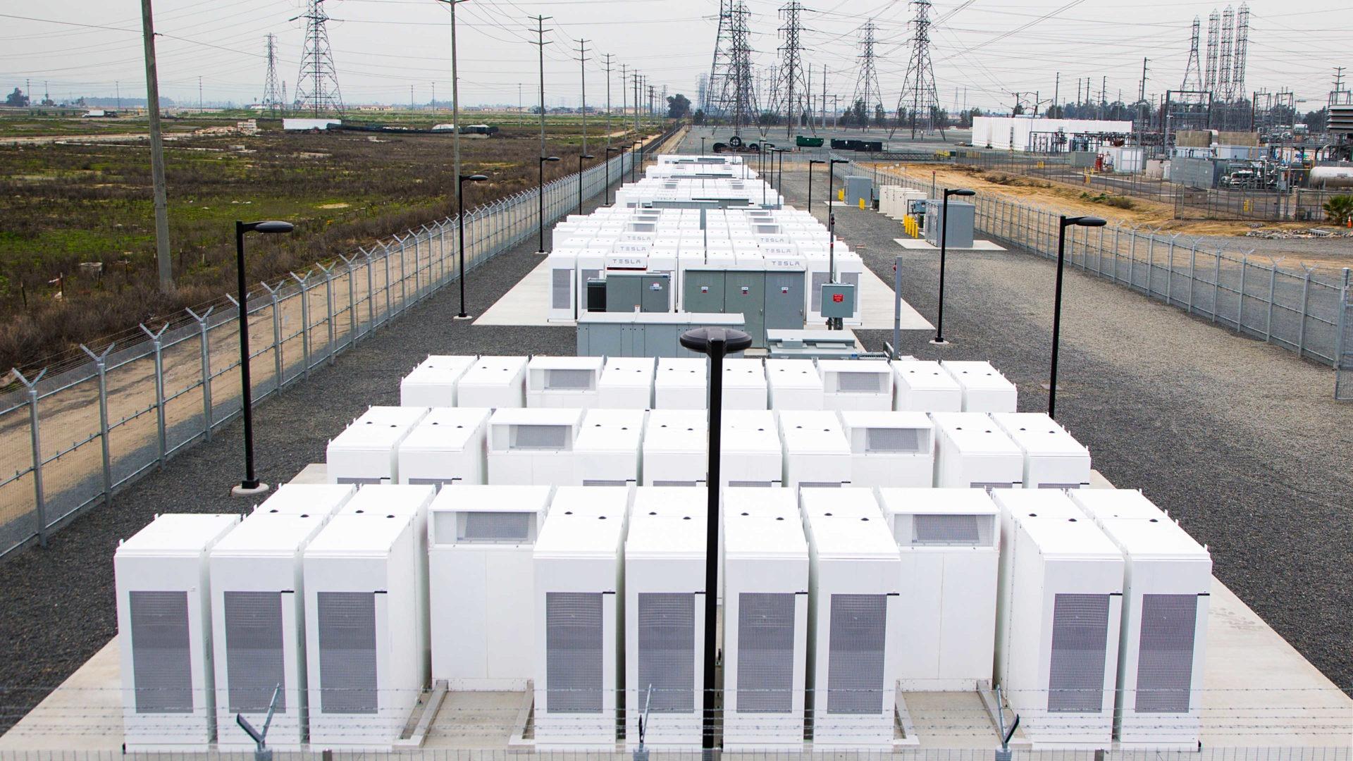 Foto: Die weltweit größte Batterie liefert Energie für das australische Stromnetz   © Tesla Motors