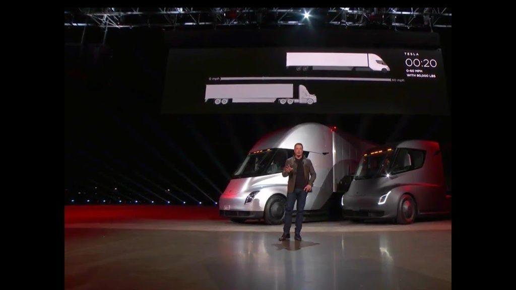 Foto: Elon Musk bei der Premiere des Tesla Semi Trucks | © Tesla Motors