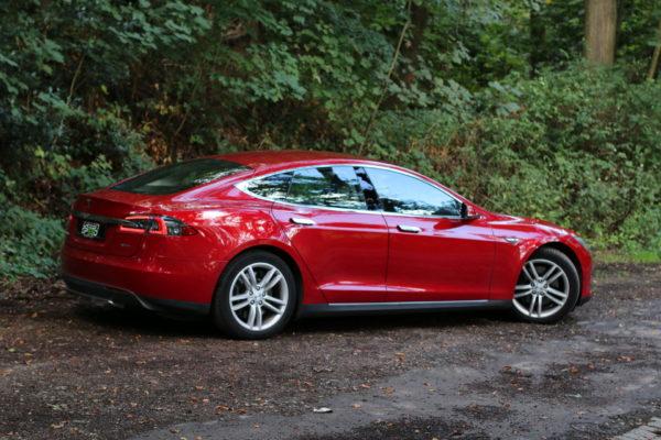 Tesla Model S85D Rot Multicoat Autopilot Smart Air Kaltwetter Supercharger Greenspeed emobility Aachen Deutschland NRW Euregio Autohändler Gebrauchtwagen kaufen