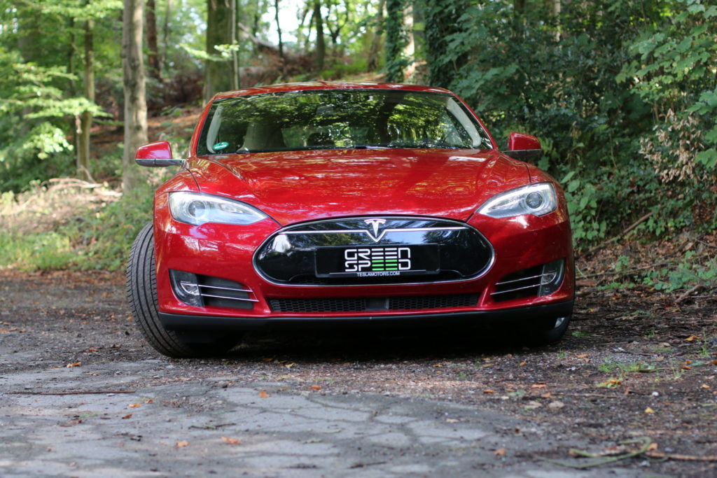 Tesla Model S85D Rot Multicoat Autopilot Smart Air Kaltwetter Supercharger Greenspeed emobility Aachen Deutschland NRW Euregio Autohändler Gebrauchtwagen kaufen