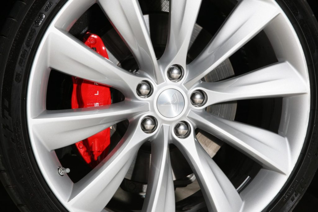 Tesla Model S P85D schwarz metallic Rad Bremssättel rot Turbine Felgen 21 Zoll calipers Greenspeed emobility Aachen Deutschland NRW Euregio Autohändler Gebrauchtwagen kaufen
