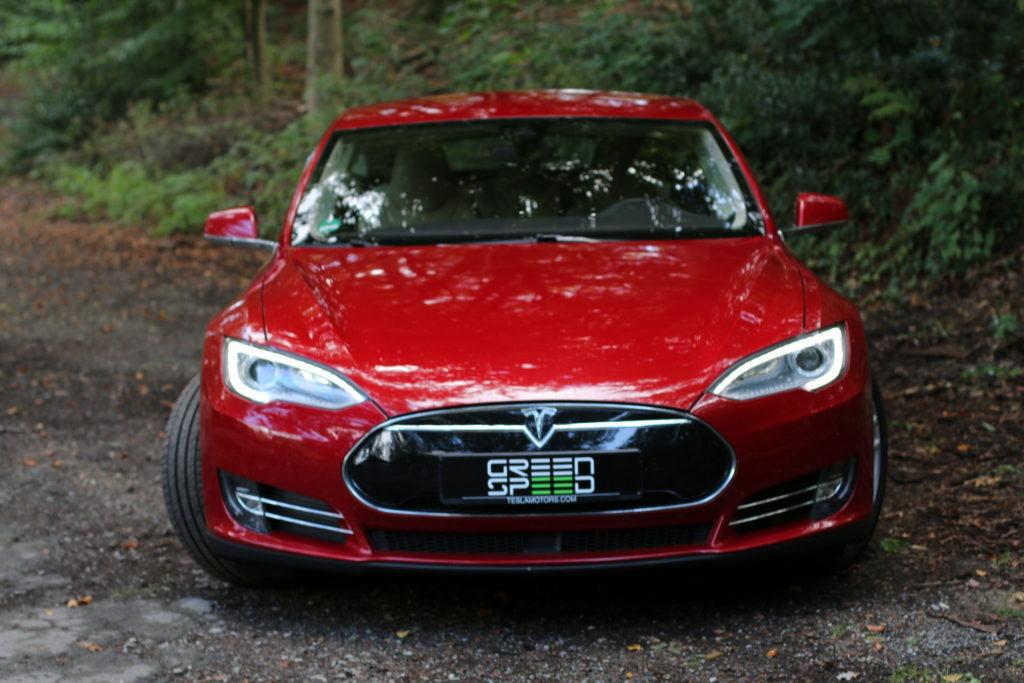 Tesla Model S Rot Multicoat Autopilot Smart Air Kaltwetter Supercharger Greenspeed emobility Aachen Deutschland NRW Euregio Autohändler Gebrauchtwagen kaufen