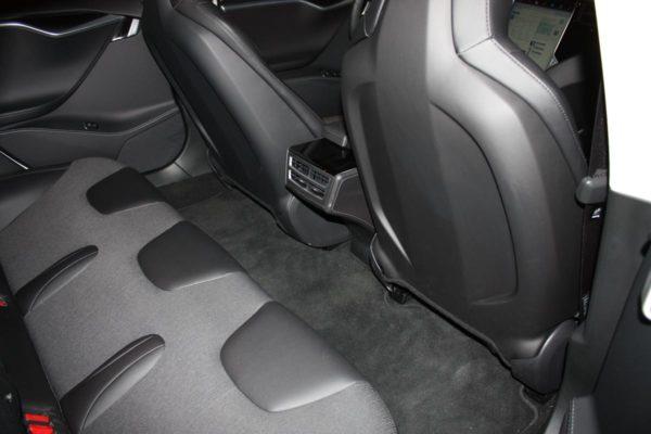 Tesla Model S85 Blau-Metallic Teilledersitze Rücksitze Fond Lackierung 19 Zoll Original Tesla Felgen silber E-Auto Elektro Auto greenspeed emobility Deutschland Fahrzeugkauf Elektromobilität Elektromobil