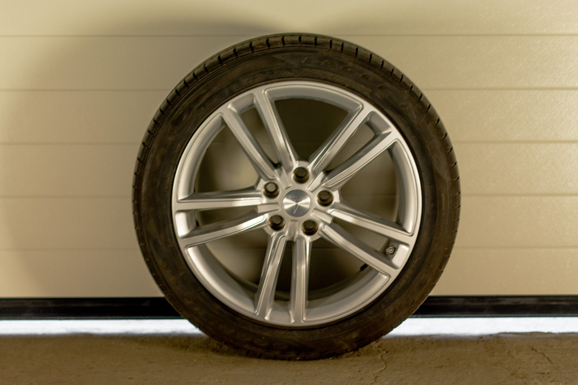 Original 19 Zoll Felgen Standard Goodyear DOT Felge Reifen Ganzjahresreifen Allwetterreifen Rad Räder Felgensatz Radsatz gebraucht RDKS