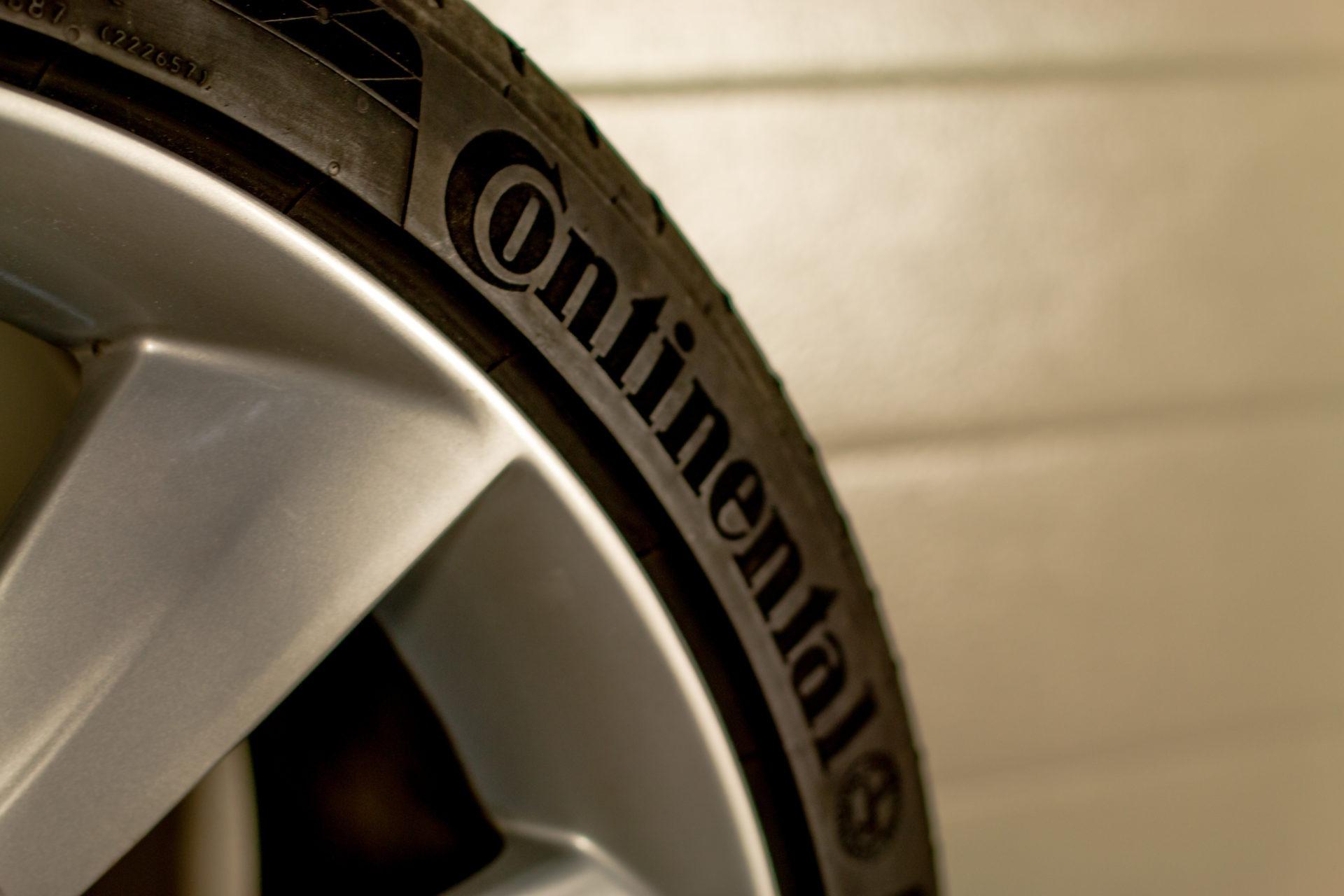 Original 21 Zoll Felgen Turbine silber Reifen Continental Sommerreifen Felge Rad Räder Felgensatz Radsatz gebraucht RDKS