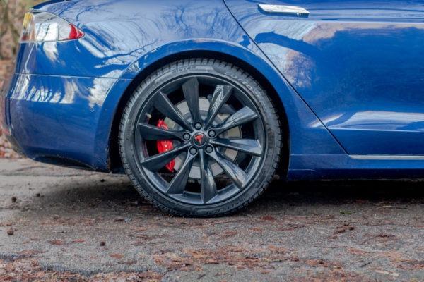 """Tesla Model S Performance """"Raven"""" Blau 21 Zoll Felgen Garantie Autopilot 3 Karon U-HiFi Premium Adaptive Luftfederung Premium-Innenraum"""