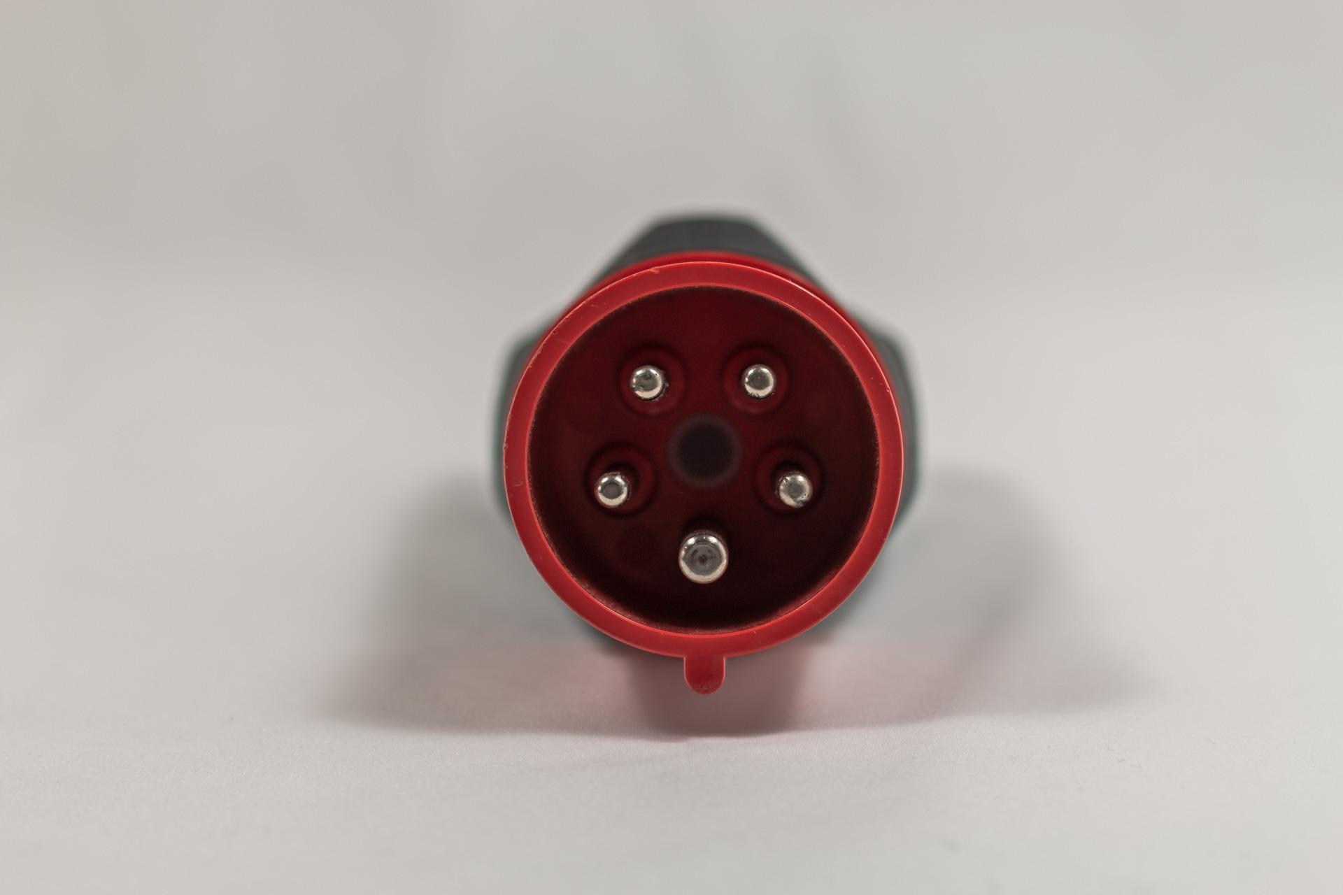 CEE16 Rot Stecker Tesla UMC 1. Generation Kabel Adapter Ladegerät 11 kW dreiphasig 3-phasig Greenspeed gebraucht kaufen Aachen Deutschland