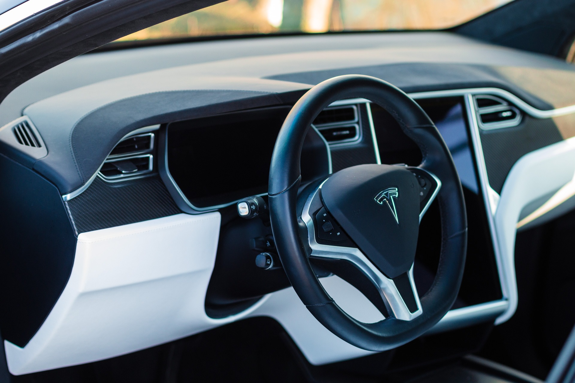 Tesla Model X90D Schwarz Autopilot 2 Slipstream 5 weiße Sitze Kohlefaser Karbon 20 Zoll Slipstream Smart Air Allrad falcon wings kaufen schwarz greenspeed Aachen Deutschland