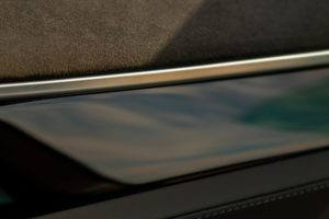 Tesla Model S85 Schwarz Metallic Lackierung 19 Zoll Original Tesla Felgen silber Heckantrieb Teilleder Sitze Autopilot 1 Tech-Paket Klavierlack Interieur E-Auto Elektro Auto greenspeed emobility Deutschland Fahrzeugkauf Elektromobilität Elektromobil