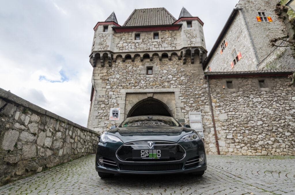 Foto: Tesla Model S85, mit Autopilot ausgestattet.| © Greenspeed.de